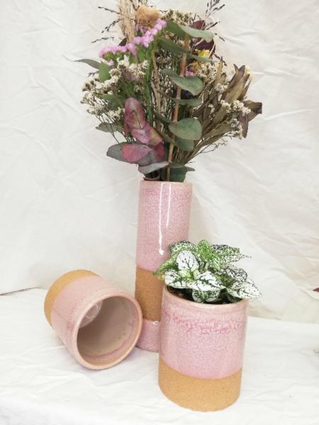 Test de ceràmica de color rosa, 100% waterproof. Fet de materials naturals.